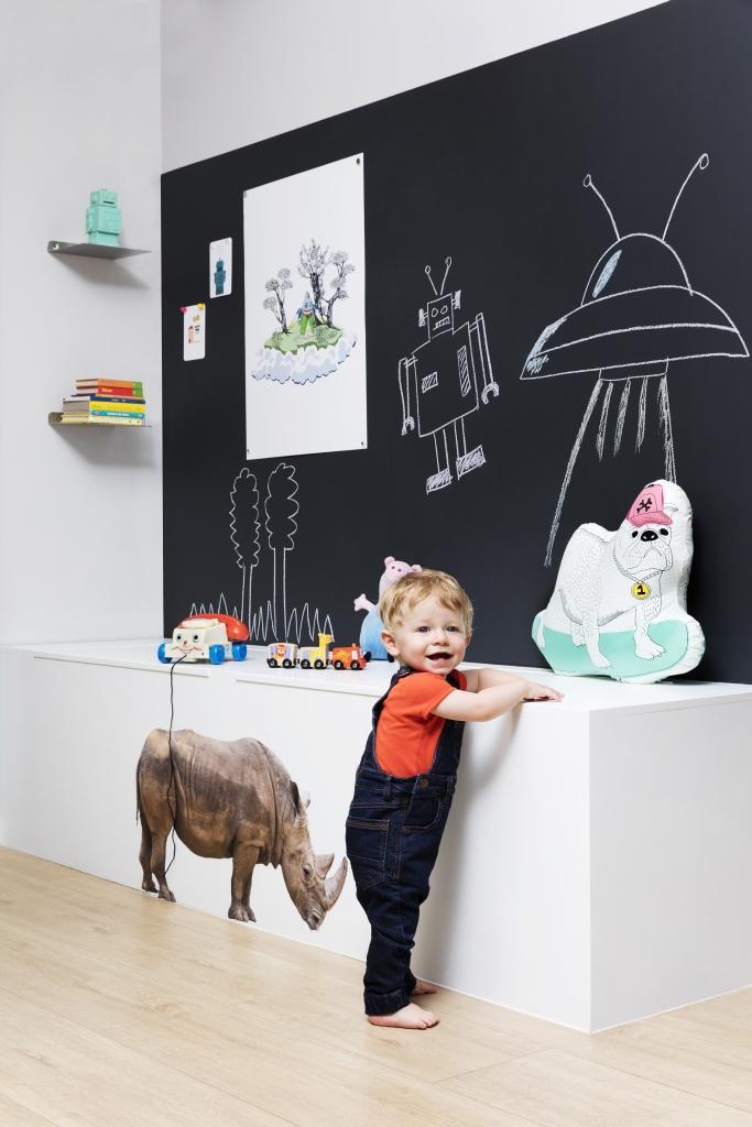 de jolies associations de couleur dans la chambre d'enfant