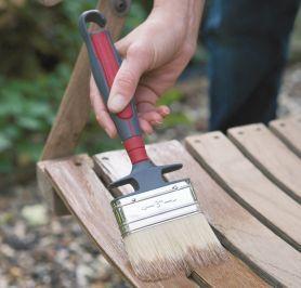 Pas à pas: Peindre le mobilier de jardin