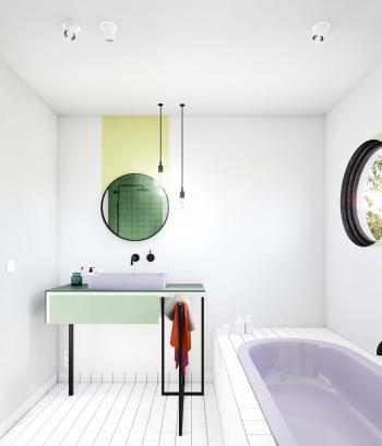 Utilisez des accents de couleurs créatifs dans la salle de bain