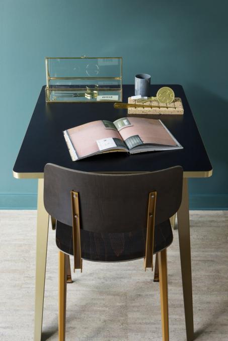 Peignez votre chambre en bleu avec la nouvelle couleur tendance 2018