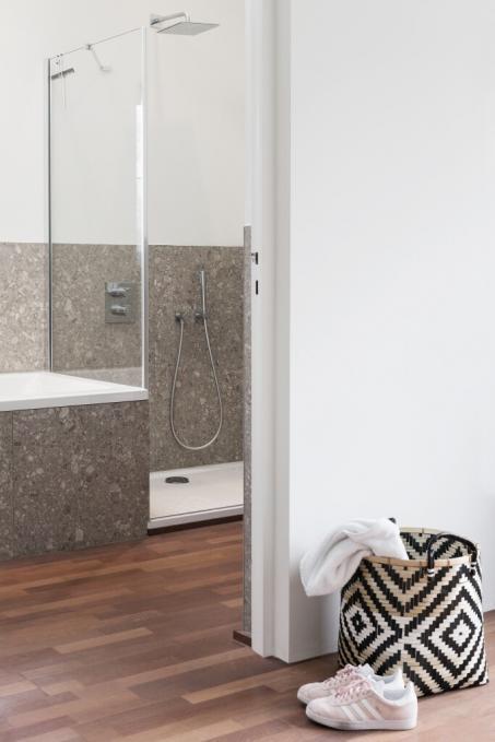 Peignez votre salle de bain en blanc