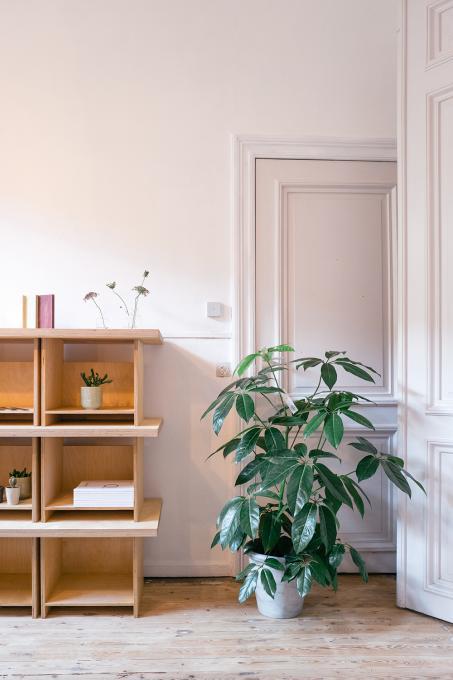 Profitez de couleurs de peinture neutres dans votre chambre