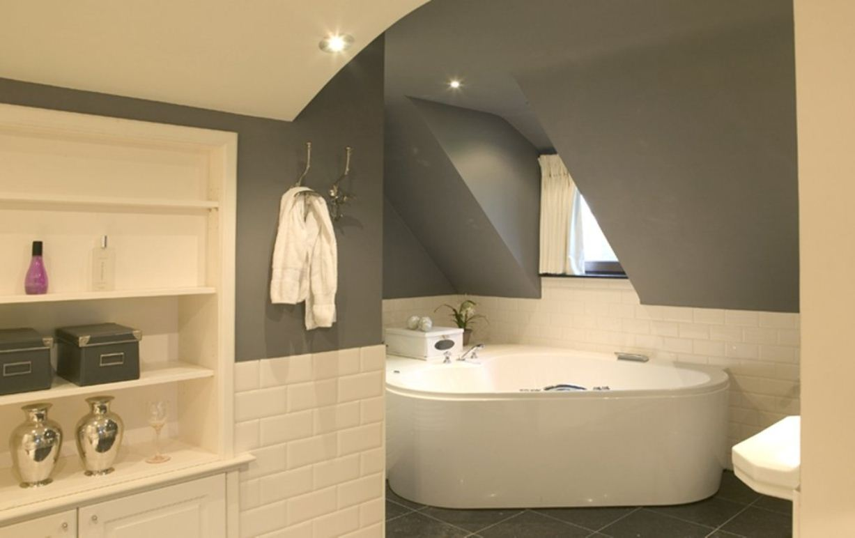 blog - les meilleures couleurs pour la salle de bains - colora.be - Quelle Est La Meilleure Peinture Pour Plafond