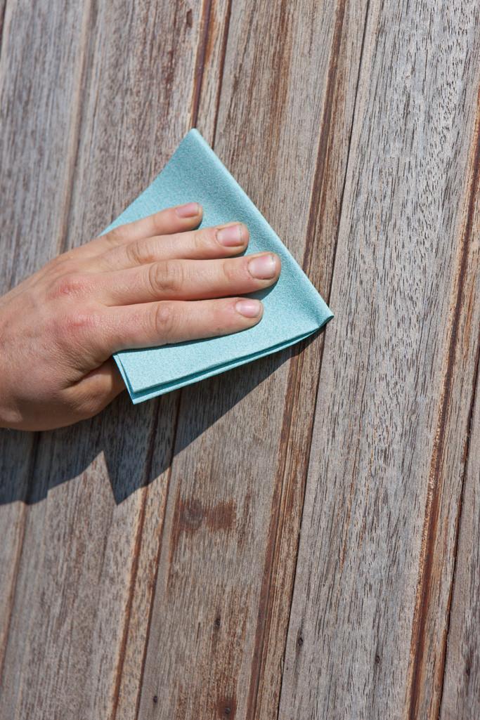 Peindre des châssis de fenêtres et portes en bois : bois altéré