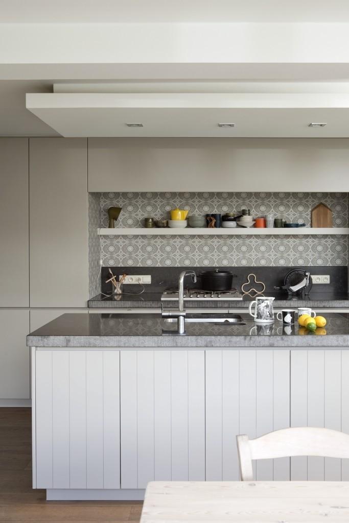 Blog peindre les armoires de cuisine un coup de neuf for Cuisine formica neuve