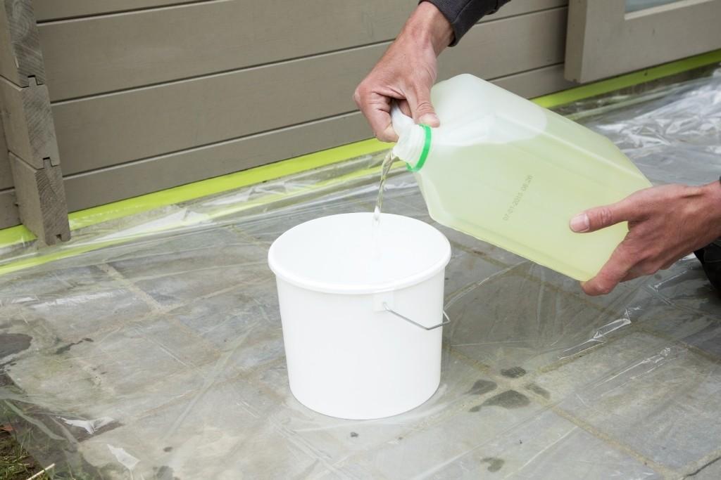 traitement avec l'eau de Javel diluée