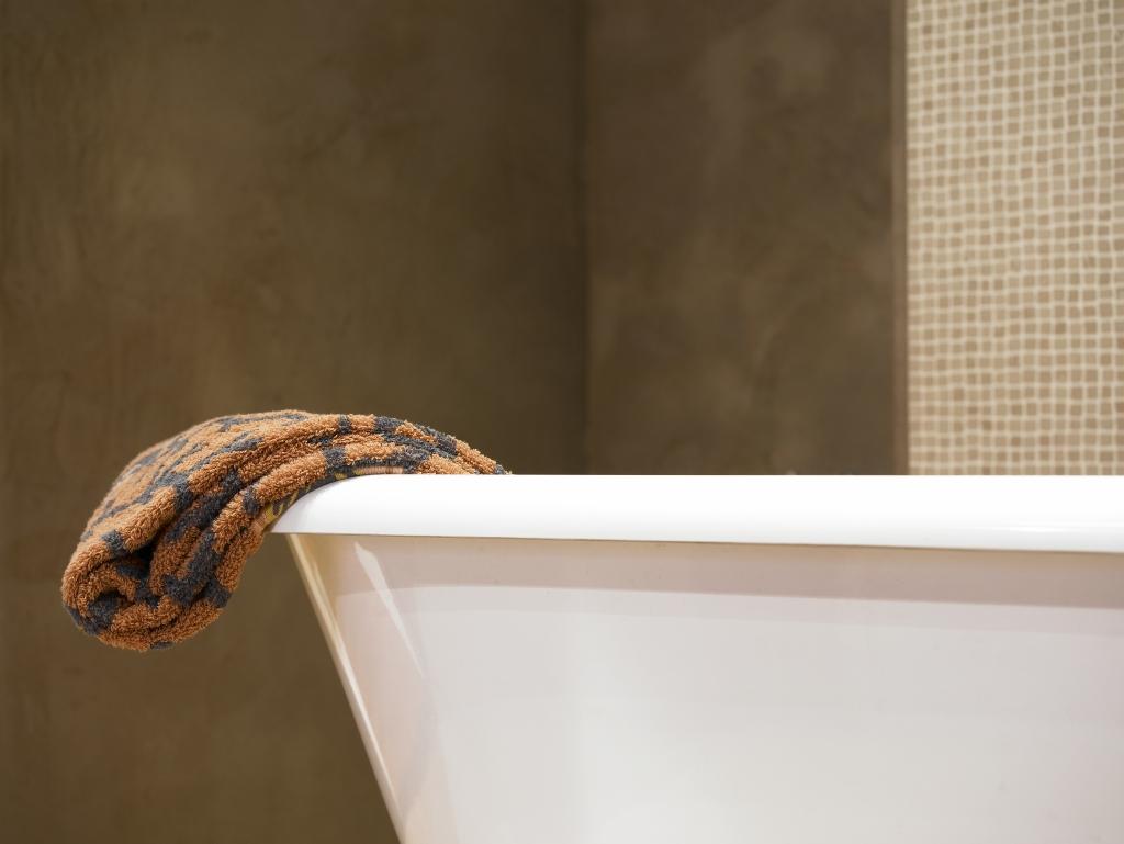 Badkamer Handdoek over bad