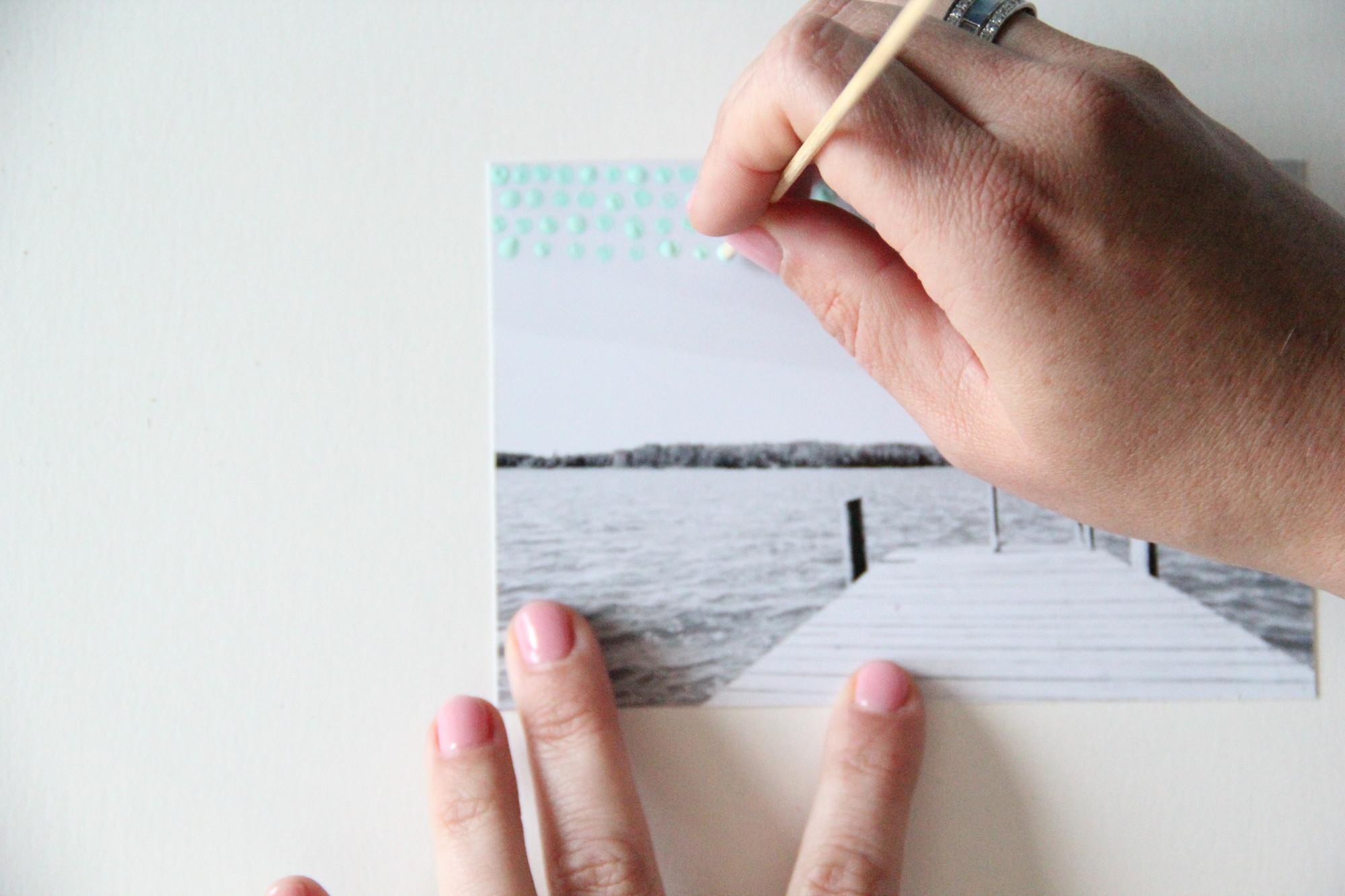Créez vos propres cartes de Noël avec de la peinture