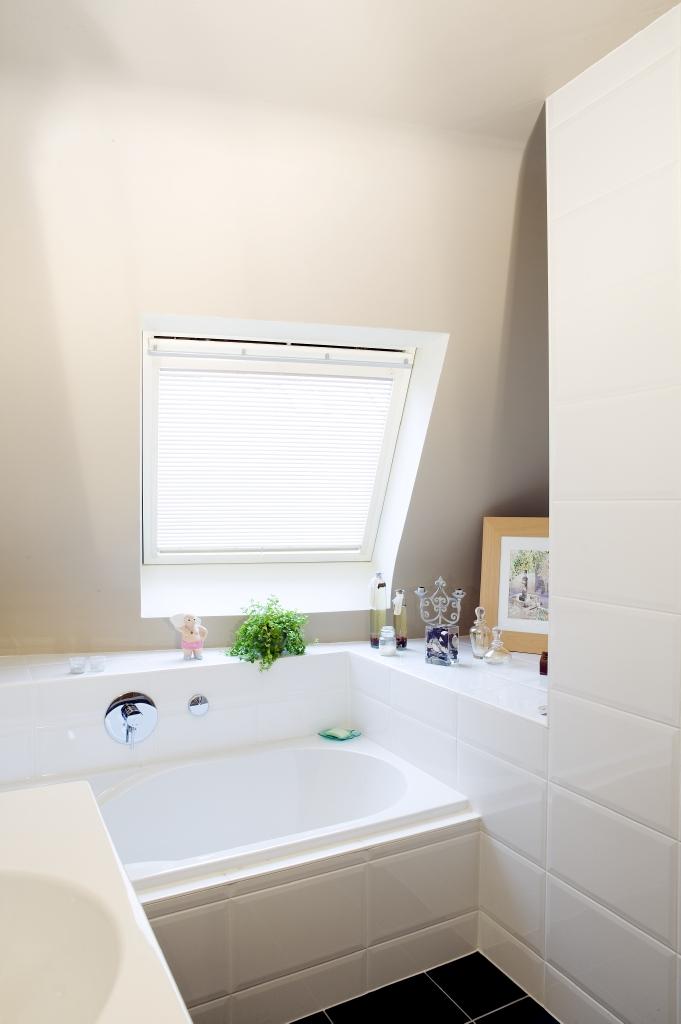 Emejing Badkamer Webshop Pictures - House Design Ideas 2018 - gunsho.us
