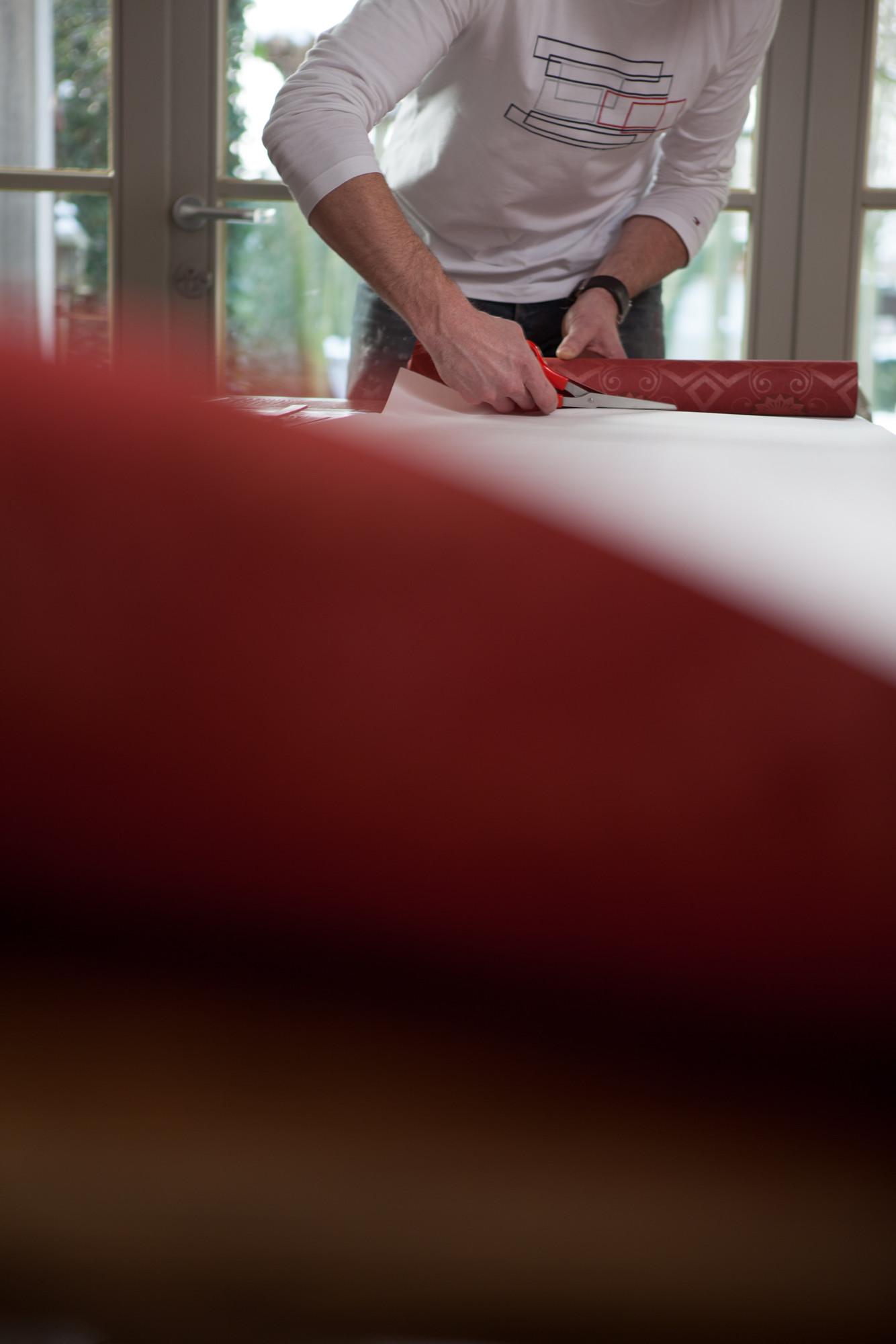 Hoe behangen? 3: behang op maat snijden