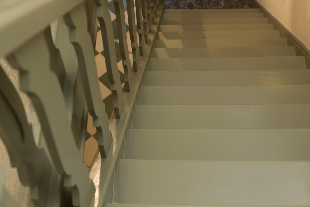 Trap schilderen voor snelle renovatie