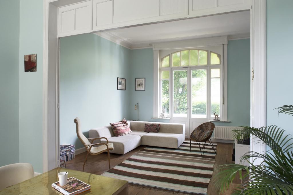 Groen In Woonkamer : Schilder je woonkamer groen wit colora be