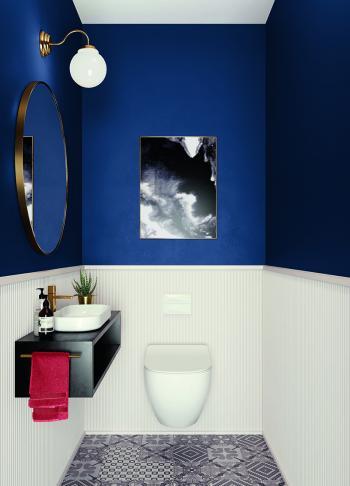 Gebruik twee contrasterende kleuren om het kleinste kamertje groter te doen voelen