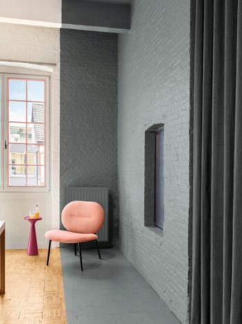 Kleurvlakken geven een speels toets aan de woonkamer
