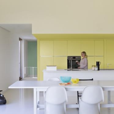Schilder je keukenkasten geel