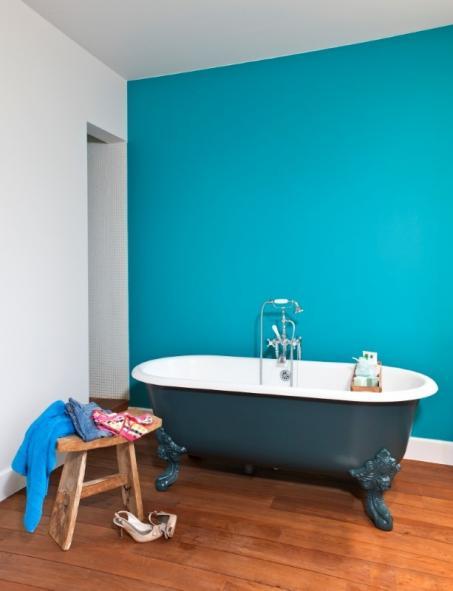 Schilder je badkamer blauw - colora.be